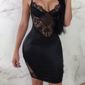 Feeling out the night dress
